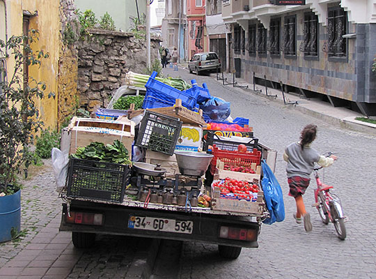 vegetable delivery truck, Istanbul
