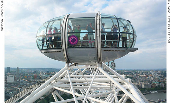London Eye pod by Gordon Mcleod at the Cheshire Cat Blog