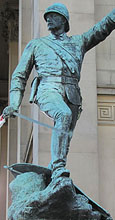 Statue of Major General William Earle outside Saint George's Hall, Lime Street, Liverpool at The Cheshire Cat Blog