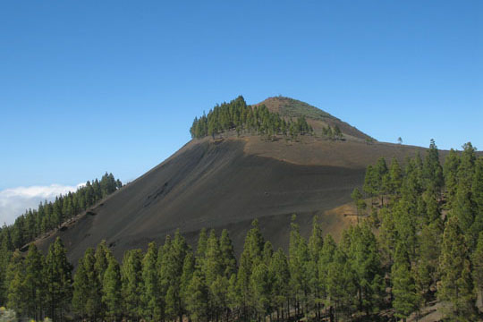 Volcanic peak on Isla Afortunada at The Cheshire Cat Blog