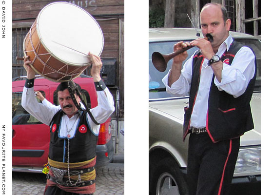 Musicians playing the davul drum and zurna at a wedding in Istanbul, Turkey at The Cheshire Cat Blog