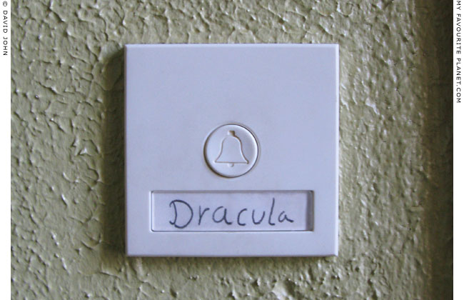 Doorbell of Dracula's apartment at The Mysterious Edwin Drood's Column