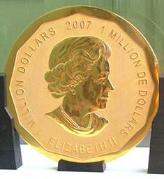 Queen Elizabeth II's portrait on the largest gold coin in the world