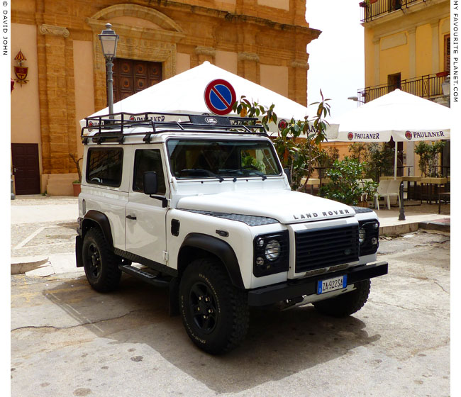 A Carabinieri Land Rover Defender in Agrigento, Sicily at the Mysterious Edwin Drood's Column