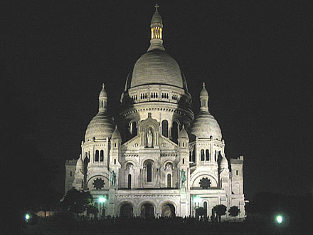 Sacre Coeur at night at My Favourite Planet