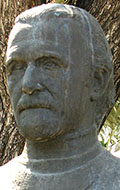 Bust of the Greek archaeologist Manolis Andronikos in Thessaloniki at My Favourite Planet