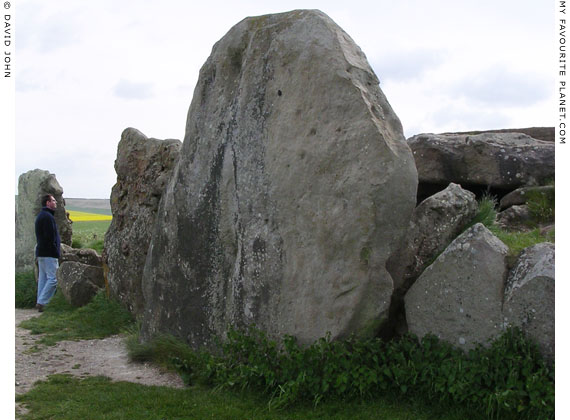 West Kennet Long Barrow, Avebury, Wiltshire at My Favourite Planet