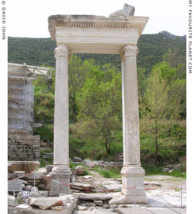 Hadrian's Gate, at the lower end of Kuretes Street, Ephesus at My Favourite Planet