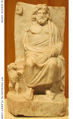 Marble statuette of enthroned Zeus from Nikomedia at My Favourite Planet