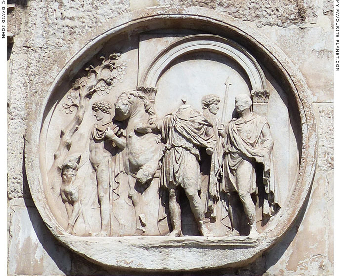 The departure tondo on the Arch of Constantine south face at My Favourite Planet