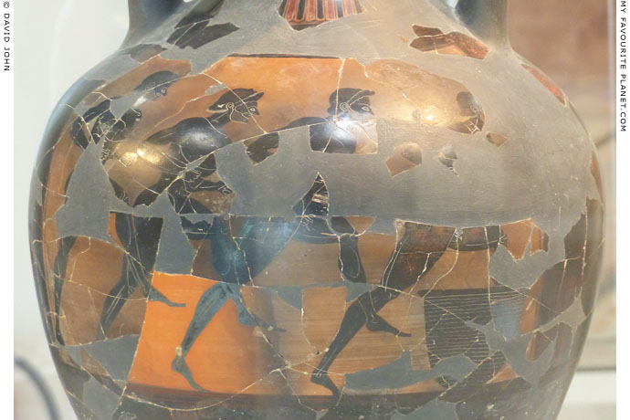 Detail of a Panathenaic amphora showing four runners at My Favourite Planet