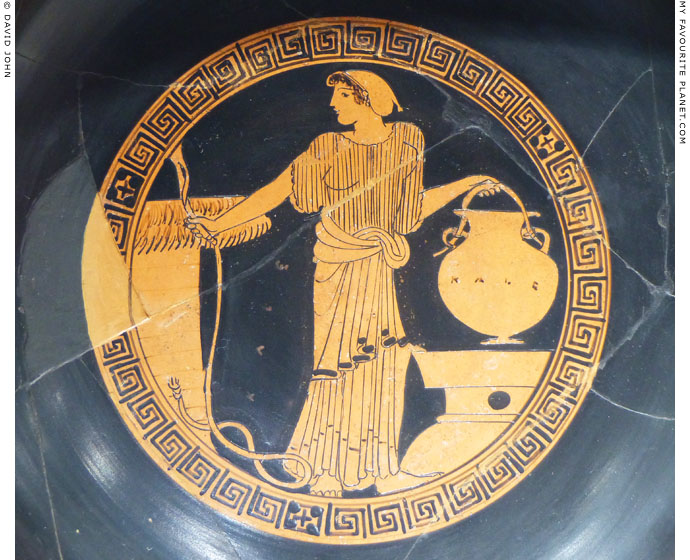 An Attic red-figure kylix by Brygos Painter at My Favourite Planet