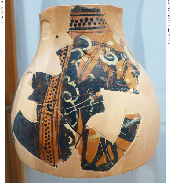 Odysseus in Polyphemos' cave on a vase fragment from Rheneia at My Favourite Planet