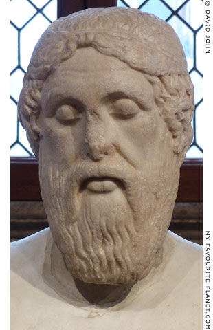 Marble head of Homer of the Epimenides type at My Favourite Planet
